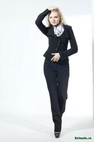 Женский костюм тройка черный: пиджак, брюки и юбка. Артикул 74741AB
