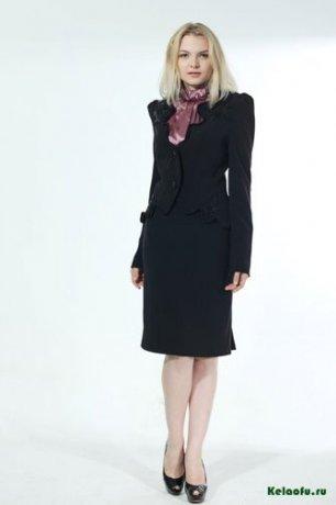 Женский костюм тройка черный: пиджак, брюки и юбка. Артикул 84740AB