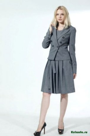 Женский костюм тройка серый: пиджак, сарафан и брюки. Артикул 84732AL