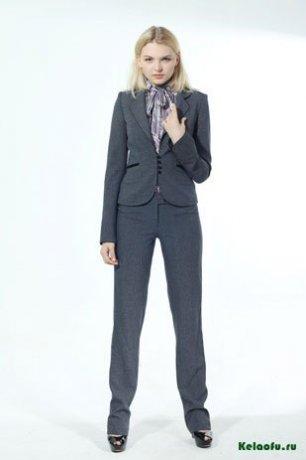 Женский костюм тройка серый: пиджак, юбка и брюки. Артикул 84260AB