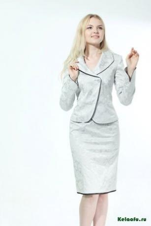 Женский костюм тройка: пиджак, сарафан и брюки. Артикул 84659AL